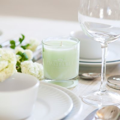 Scented aromatic candle verbena